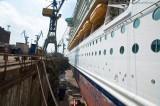Independence of the Seas - Trockendock bei Blohm und Voss 2