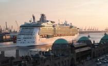 Zwei Hafenarbeiter sterben nach Unfall mit Independence of the Seas