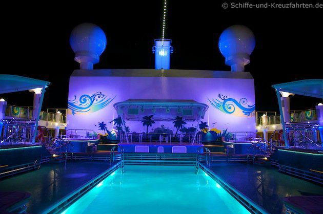 Pooldeck  - Norwegian Breakaway