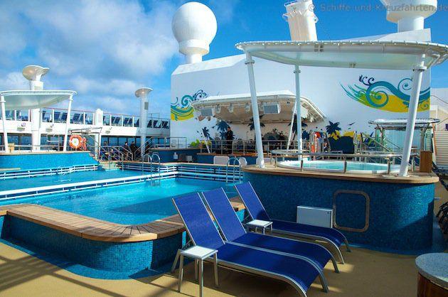 Norwegian Cruise Line hat nun auch Rettungsschwimmer an den Pools