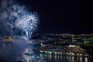 AIDA Feuerwerk - Hamburg Hafengeburtstag / © AIDA Cruises