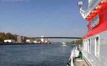 "DGzRS Seenotretter ""Berlin"" auf dem 824. Hafengeburtstag"