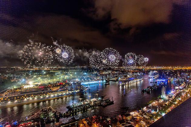 Taufe der AIDAmar im Hamburger Hafen beim Hafen Geburtstag 2012 / © AIDA Cruises