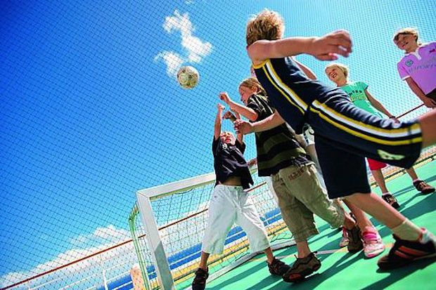AIDA BVB Soccercamp 2013 / © AIDA Cruises
