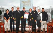 Das ZDF Traumschiff sucht eine neue Location: MS Hamburg oder MS Amadea?
