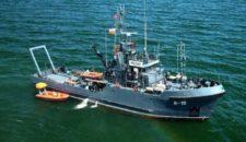 """MS Georg Büchner: Spezialschiff der Marine """"Orp Macko"""" am Wrack"""