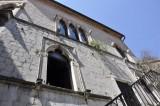 Haus der Fenster Kotor