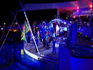 Sail away Party auf dem Pooldeck