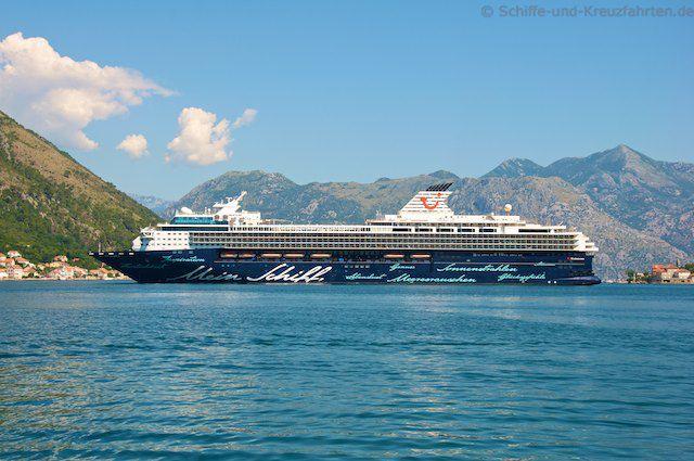 Mein Schiff Herz vor Kotor