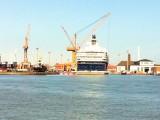 Mein-Schiff-2-Umbau-Lloyd-Werft-17.April-2011-10