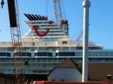 Mein-Schiff-2-Umbau-Lloyd-Werft-17.April-2011-11