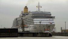 P&O Arcadia wird umfangreich auf der Lloyd Werft umgebaut