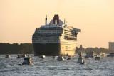 Queen Mary 2 verabschiedet sich aus Hamburg / © Alexander Witt
