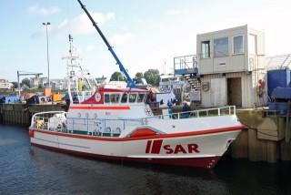 Neuer 20-Meter-Seenotkreuzer der Deutschen Gesellschaft zur Rettung Schiffbrüchiger (DGzRS) für die Station List auf Sylt beim erstmaligen Zuwasserlassen auf der Fassmer-Werft in Berne an der Unterweser am 16. September 2013 - Bildquelle: DGzRS