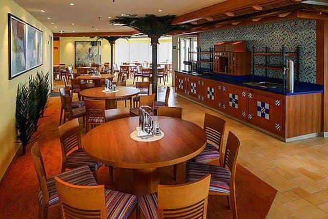 Das neue Calypso Restaurant an Bord von AIDAcara / © AIDA Cruises