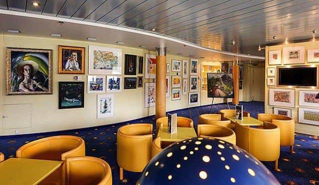 Neue Kunstgalerie von AIDAcara / © AIDA Cruises