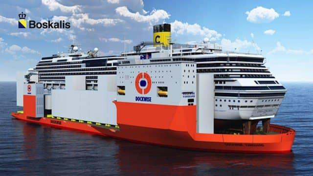 Costa Concordia huckepack auf der Dockwise Vanguard / © Biskalis