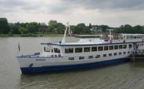 """Flusskreuzfahrtschiff """"MS Serena"""" auf Grund gelaufen"""