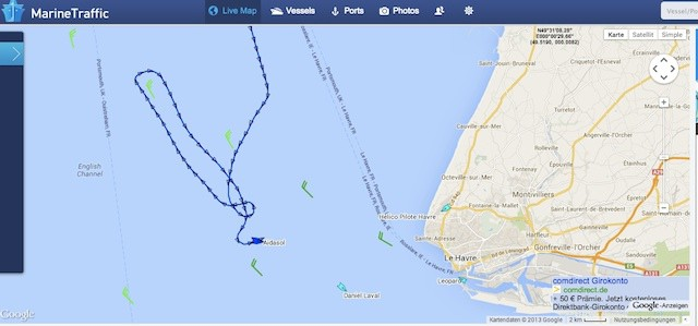 AIDAsol fährt Q-Wende vor Le Havre - Mann über Bord? / © Screenshot Marinetraffic.com