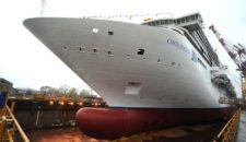 Costa Diadema mit Wasser unter dem Kiel: Aufschwimmen bei Fincantieri