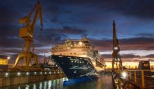 Video: Mein Schiff 2 in der Werft in Cadiz