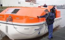 Mein Schiff 3 Rettungsboote im Test auf der Fassmer Werft