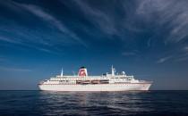MS Deutschland zerstört Pier in Malaga