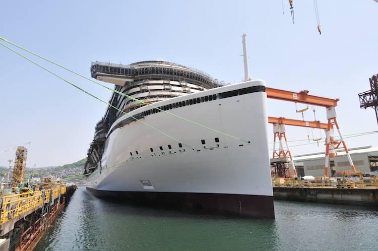 AIDAprima im Schwimmdock auf der Mitsubishi Werft / © AIDA Cruises