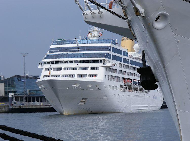 P&O Adonia auf der Kieler Woche 2014 / © Seehafen Kiel GmbH & Co KG