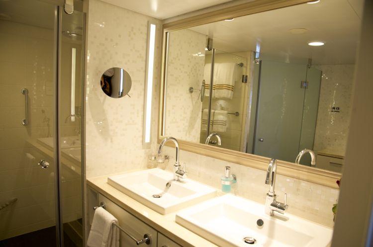 Mein Schiff 3: Badezimmer Helene Fische Suite 10001