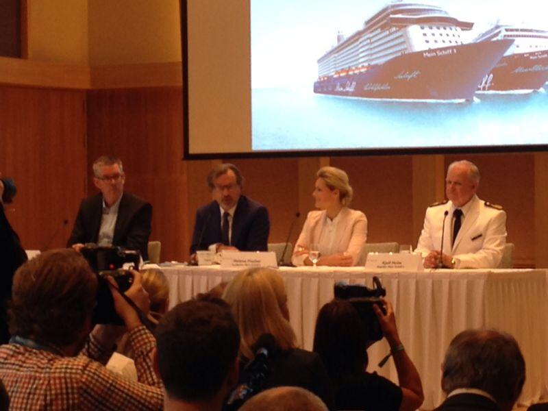 Pressekonferenz mit Helene Fischer