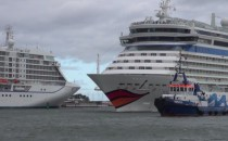 Video: Vierfach-Anlauf AIDAbella, MSC Poesia, Thomson Spirit und Seven Seas Voyager