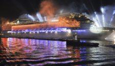 Feuerwerk auf den Hamburg Cruise Days 2014 von MSC Kreuzfahrten