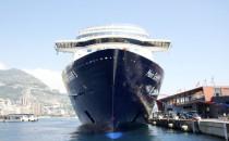 TUI Cruises: Rolf Zuchowski wird mit Platin Schlitzohr ausgezeichnet