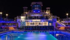 Kristin Chenoweth taufte die Quantum of the Seas