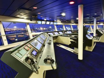 Kommandobrücke der Quantum of the Seas / © Meyer Werft