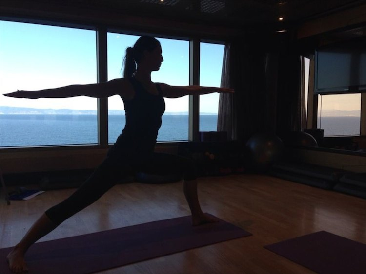 Yoga auf der Costa Luminosa