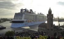 Bilder: Quantum of the Seas beim Eindocken ins Elbe 17 Dock von Blohm und Voss in Hamburg