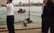 Costa Fortuna reisst Poller aus Kaimauer in Cadiz
