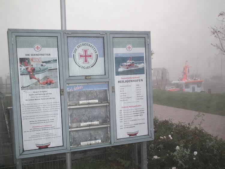Schaukasten mit Spendenkasse der Seenotretter in Heiligenhafen / © Wasserschutzpolizei Schleswig-Holstein