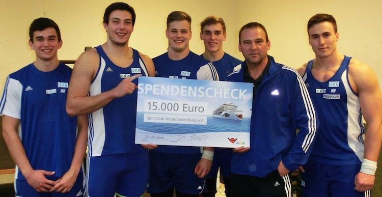 AIDA fördert SC Neubrandenburg mit 15.000 Euro Spende / © AIDA Cruises