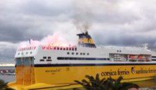 Corsica Sardinia Ferries: Fussballfans zünden Pyrotechnik (Video)
