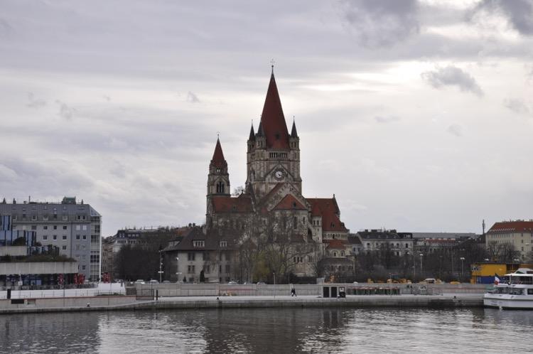 Franz-von-Assisi-Kirche Wien