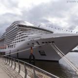 MSC Splendida im Hamburger Hafen