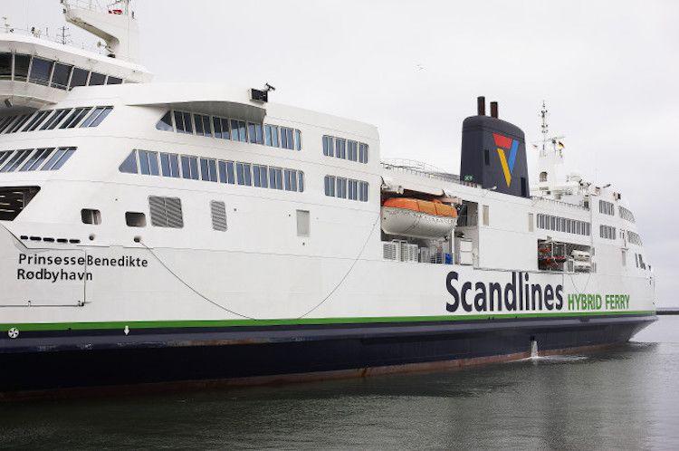 Prinsesse Benedikte ist nach ihrem Unfall in der Werft wieder einsatzbereit / © Scandlines