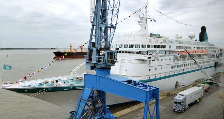MS Albatros Schiffsbesichtigung in Bremerhaven / © Barb