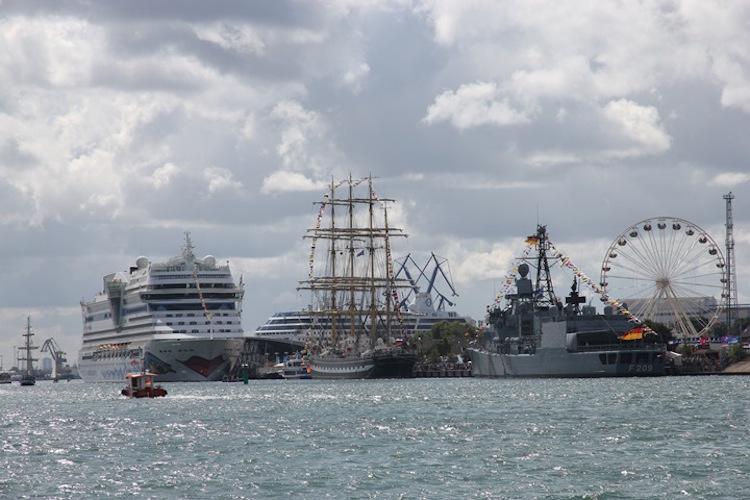AIDA auf der Hansesail / © AIDA Cruises
