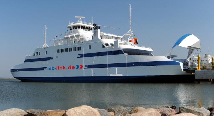 Elb Link fährt die Route Cuxhaven-Brunsbüttel wieder - mitunter mit der MS die Grete / © Elb Link