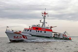 Seenotkreuzer Berlin bei der Rettungsfahrt / © DGzRS