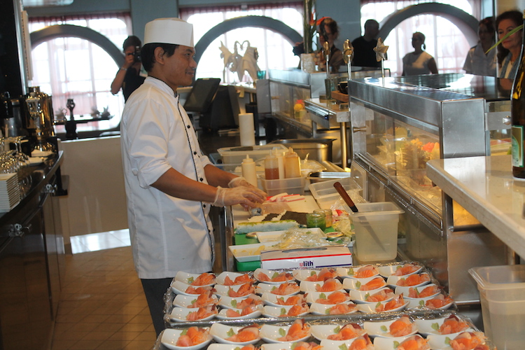 Sushi Kurs in der Sushi Bar Blaue Welt